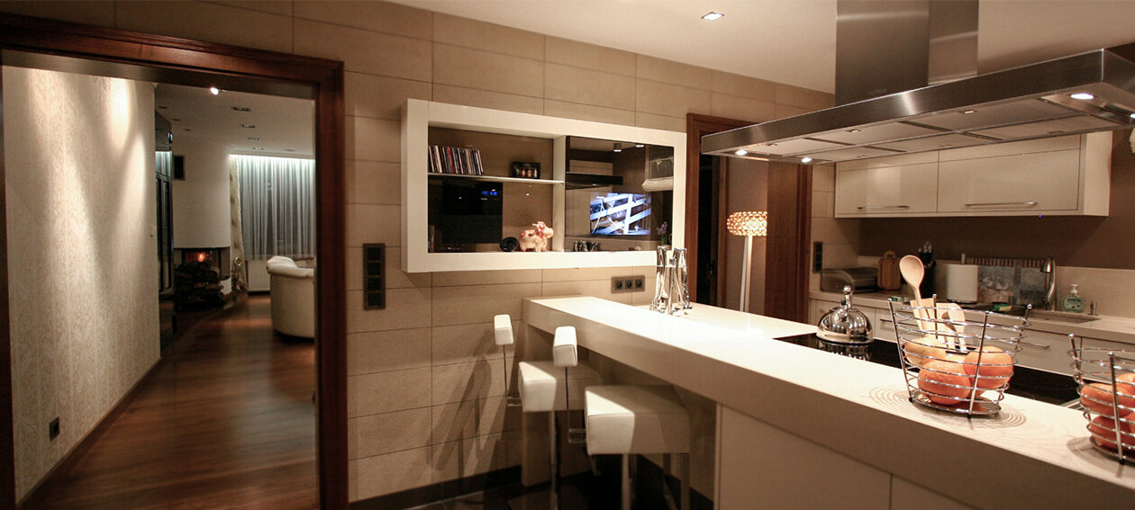 "21.5"" Mirror TV for residential application, installed in a kitchen @ private residence in Poland."